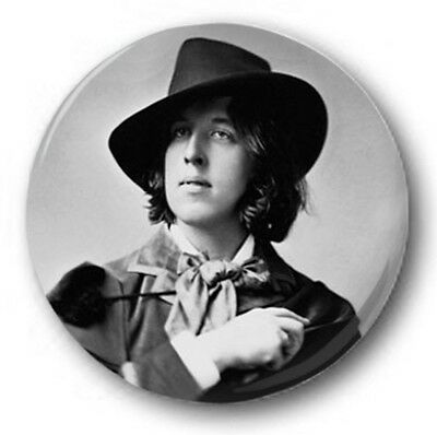 "OSCAR WILDE - 25mm 1"" Button Badge - Novelty Cute Hat"