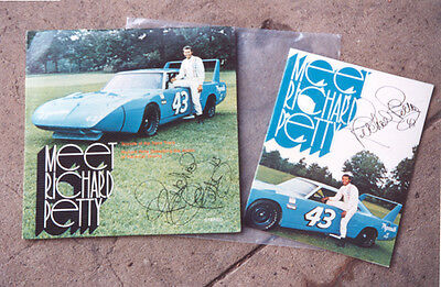1970 Meet Richard Petty Plymouth Superbird NASCAR 33rpm Record & Brochure SIGNED