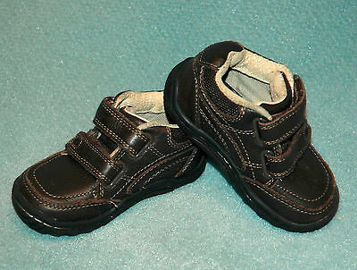 Boys Stride Rite Brown Leather Athletic Shoes - Size  5.5 M