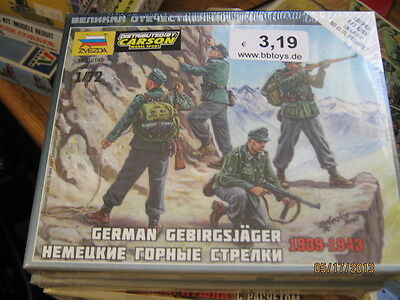Zvezda WWII German Gebirgsjager 1939-1943-1/72 Scale-SNAP FIT-FREE SHIPPING