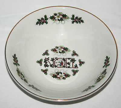 Noel Cereal Soup Bowl Wood & Sons England Christmas Holly Children Gold White