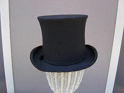 Beautiful Edwardian / Victorian Vintage Black Silk Collapsible Top Hat