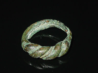Fine cast tin bronze Twisted Viking finger ring . c 8-10 AD. Kievan Rus. Viking.