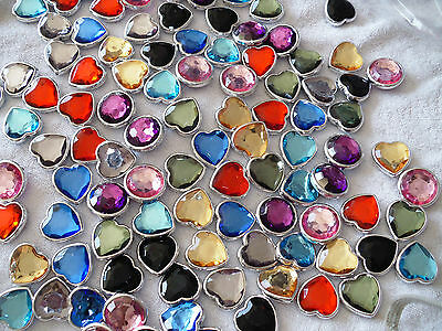 Joblot of 100pcs Plastic Pendants for Jewellery making & crafts - New wholesale