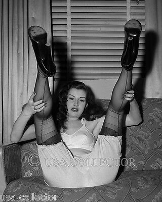 Sally Lane Risque Semi-Nude Pinup Photo From Original Negative Irving Klaw 8407