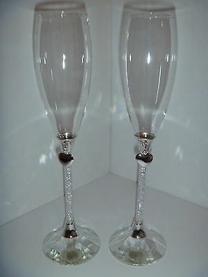 Wedding Toasting Glasses with crystal stem & heart / Champagne Flute / bridal