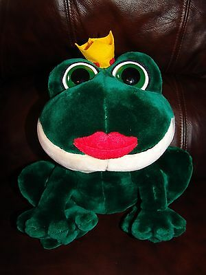 """Russ Berrie and Company Smooches the Valentine Frog Plush Doll 11"""""""