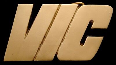 Mh04115 *nos* Vintage 1978 Cut-Out Name ***vic*** Solid Brass Buckle