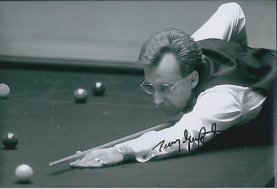 Terry GRIFFITHS SIGNED Autograph 12x8 Photo AFTAL COA SNOOKER Masters WINNER