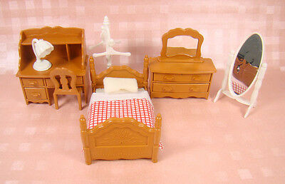Generic Brand Living Room Single Bed Furniture For SylvanianFamily Doll Hot Sale
