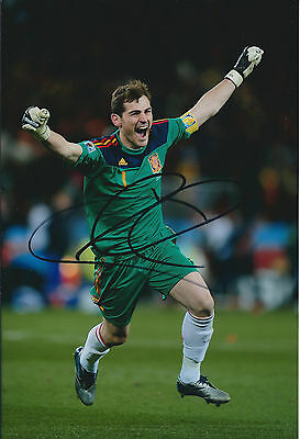 Iker CASILLAS Signed Autograph 12x8 Photo AFTAL COA Spain World Cup Real Madrid