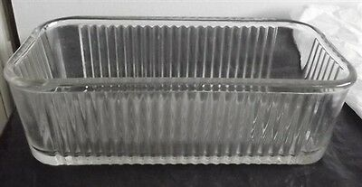 Federal Glass Refrigerator Dish with Ribbed Glass
