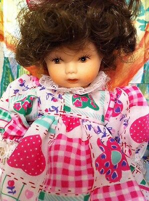 """Poseable Bisque Porcelain Petite Curly Brunette Picnic Doll 4 1/2"""" Tall NIB 8+yr"""