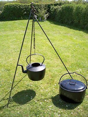 Camp Fire Camping Cooking Tripod Dutch Oven Bush Craft Reenactment Camp