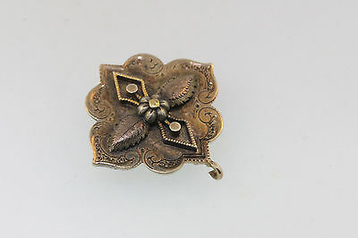 Fab Elegant Victorian Y/Gold Gilt Flower Embossed Etched Surround Pin Pendant