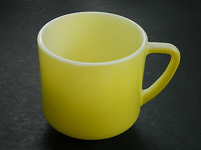 VINTAGE FEDERAL GLASS FIRED ON YELLOW COFFEE MUG, NO CHIPS OR CRACKS, VERY GOOD