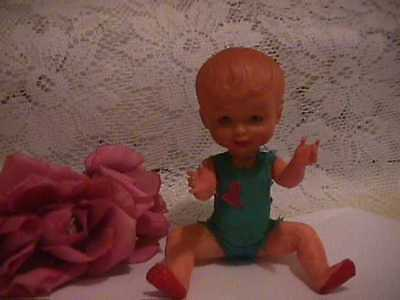 """VINTAGE/ANTIQUE   CELLULIOD  DOLL CUTE FACE  OPEN & CLOSE EYES 6"""" tall"""