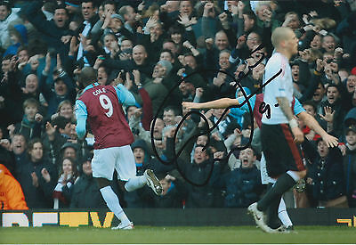 Carlton COLE Signed Autograph 12x8 Photo AFTAL COA West Ham United Genuine