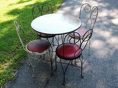 Vintage Ice Cream Parlor Soda Shop Twisted Wrought Iron Set Table + 4 Chairs!