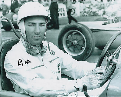 SIR STIRLING MOSS Knighted F1 Driver SIGNED 10x8 Photo AFTAL Formula One Legend