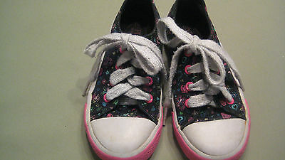 girls youth size 10 tennis shoes brand place black trim in pink and blue