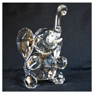 Crystal ELEPHANT ornament, nelly comes in gift box, lovely gift - NEW