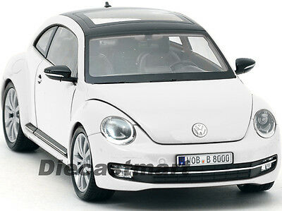 Volkswagen Vw New Beetle White + Sunroof 1:24 Diecast Car Model By Welly 24032