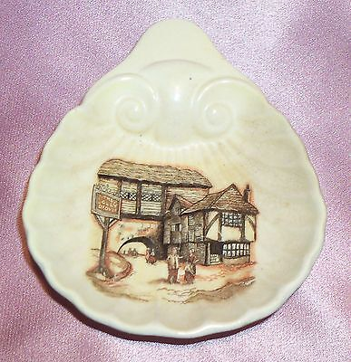 Estate Collectable ~ Sandland Ware Old Shell Butter Dish ~ Vintage England