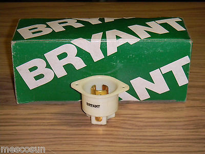 Bryant 7556 Receptacle Recessed Locking Male Base - 15 Amp 125V 3 Pole, 3 Wire