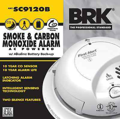 Lot of 4 First Alert BRK Smoke And Carbon Monoxide Alarm AC Powered SC9120B
