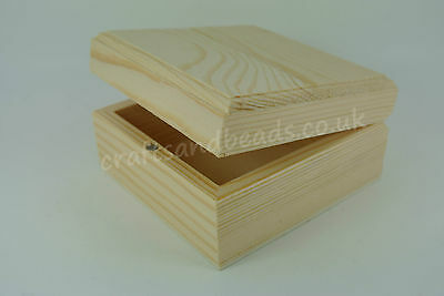 PINE SQUARE WOODEN BOXES FOR DECORATION or DECOUPAGE