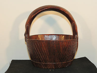 Solid Carved Wooden Bowl with Lizard Handle (6585)