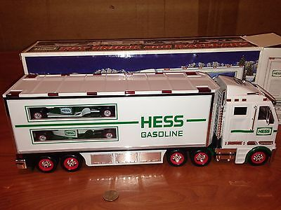 Q4-92 Hess Truck NEW IN BOX With Inserts 2003 Toy Truck And Racecars RARE!