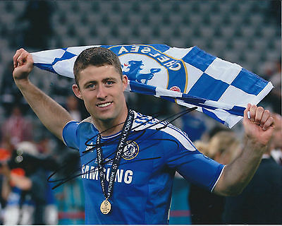 Gary CAHILL SIGNED COA Autograph Photo AFTAL CHELSEA Champions League WINNER