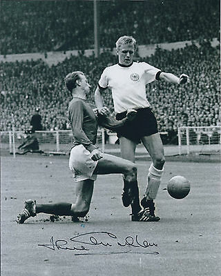 Jack CHARLTON SIGNED COA Autograph Photo AFTAL 1966 England World Cup Winner