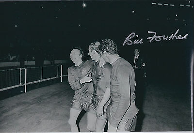 Bill FOULKES Signed Autograph 12x8 Photo AFTAL COA Manchester United RARE