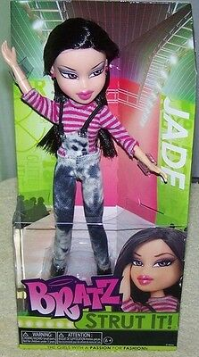 Bratz Strut it Doll- Jade