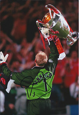 Peter SCHMEICHEL SIGNED Autograph Manchester United Goalkeeper Photo AFTAL COA