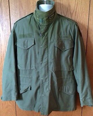 M 65 1969  Vietnam Era Military Army Field Jacket Medium OG 107 Good Condition
