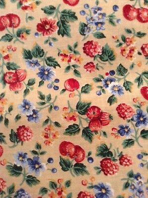 VIP Cranston 100% Cotton Quilting Calico Beige Red Blue Green 3 1/4 Yards