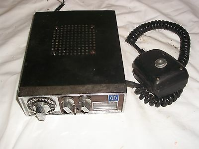 VINTAGE COLLECTIBLE CB RADIO
