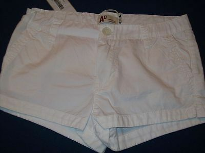 AMERICAN OUTFITTERS weisse Hot Pants Gr. 14 J NEU