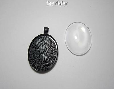 Large plain black setting oval pendant frame blank + glass dome 30 x 40 mm