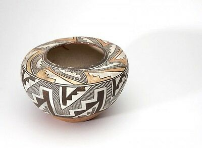 Acoma Indian Pueblo Pottery Polychrome Decorated Seed Jar Early 20th Century