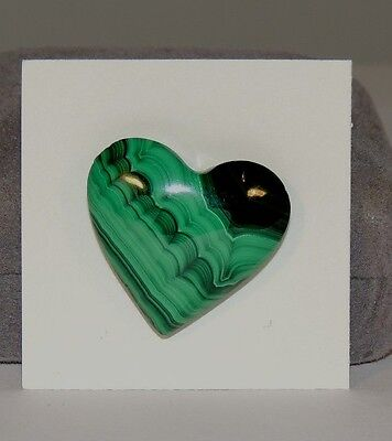 Malachite Heart 27x23mm from Africa top drilled (7397)