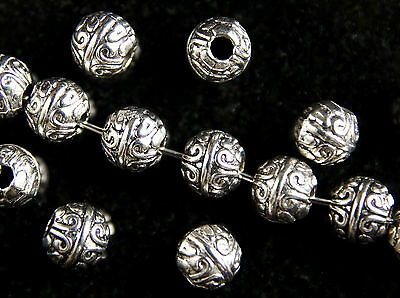 20  x  ROUND~ANTIQUE SILVER~TIBETAN STYLE~SPACER BEADS, 8 MM