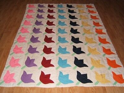 Vintage Antique 1930s PRETTY TULIP Hand Stitched & Quilted Full Quilt 80X64