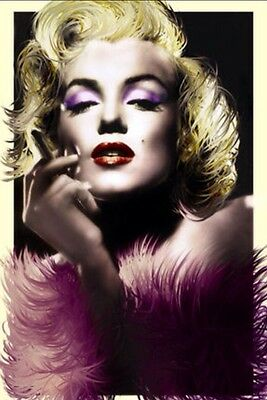 """Marilyn Monroe - Feathers  Poster Maxi size Poster 24""""x36"""""""