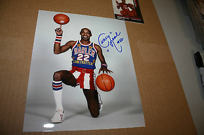 CURLY NEAL SIGNED HARLEM GLOBETROTTERS 8X10 PHOTO! RARE!