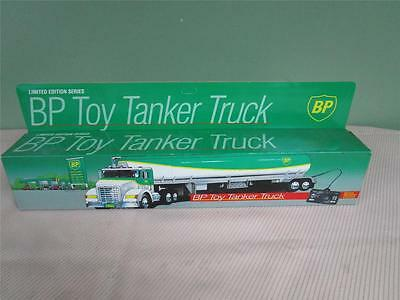 1992 BP Gas & Oil Toy Tanker Truck Limited Edition w/wired remote